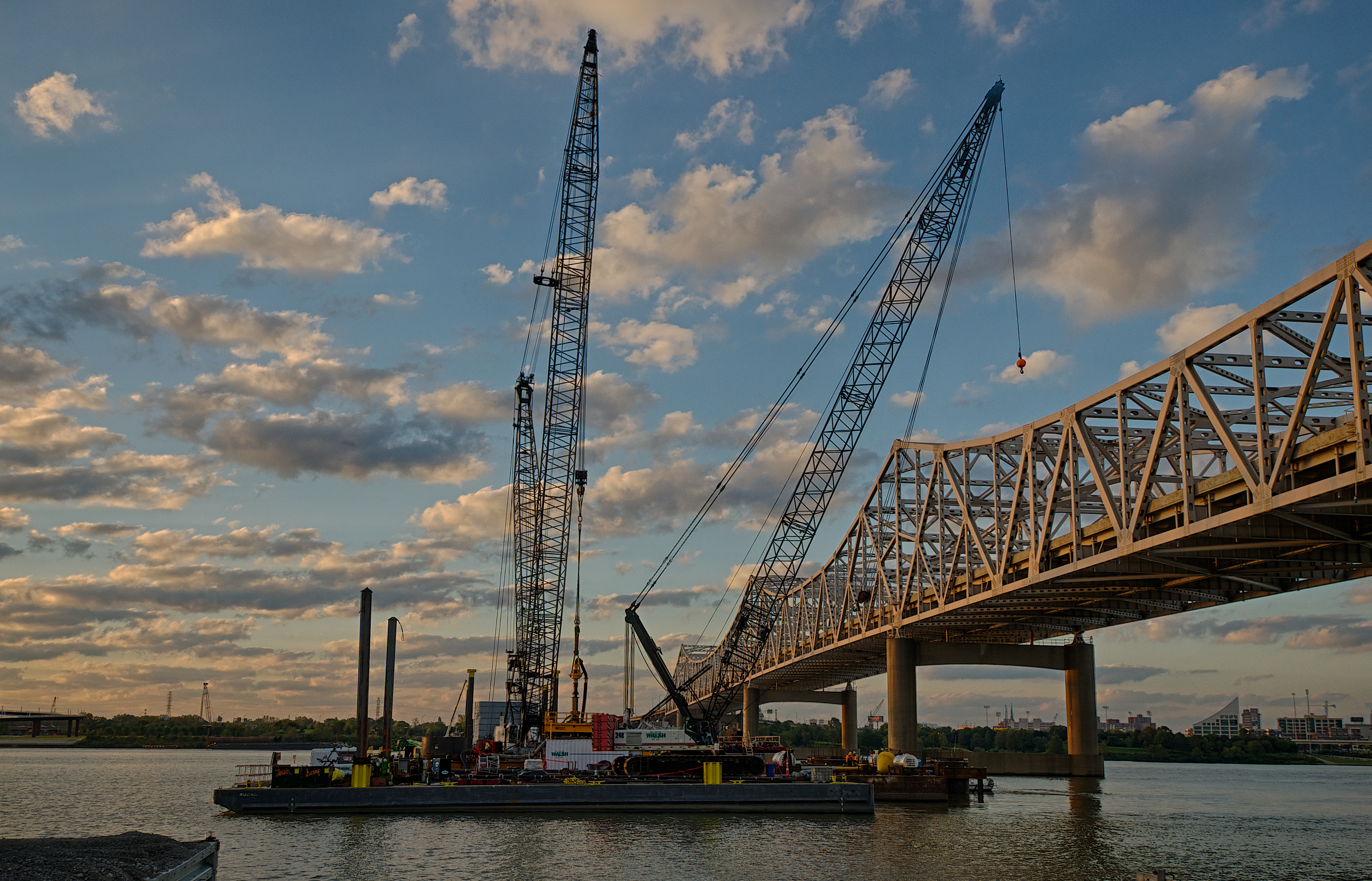 Walsh Construction Cranes on the Ohio River Bridges Project.